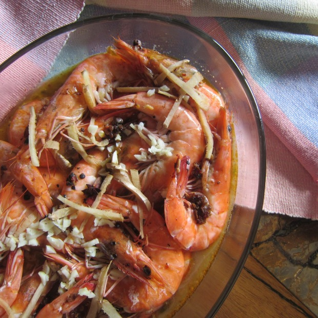 Steamed Chili Garlic Butter Shrimps