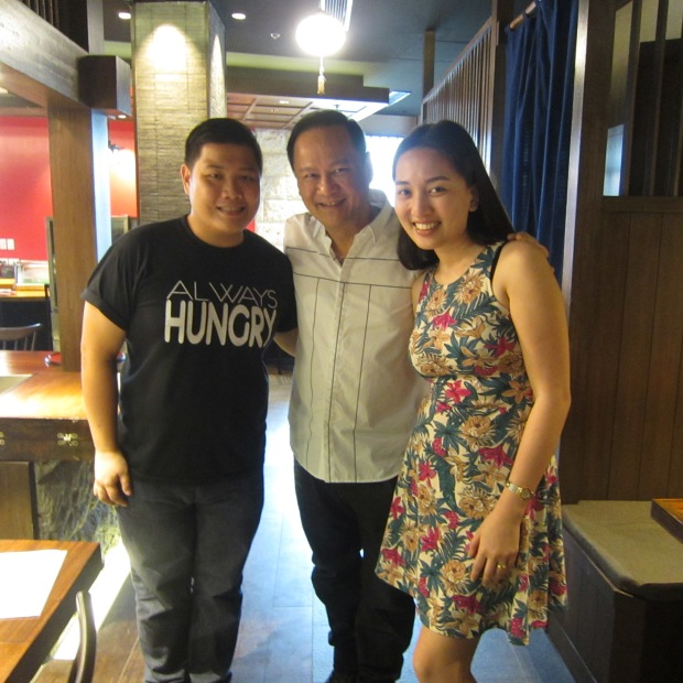with No Limits Foods Inc. owner, Mr. George Pua, and fellow-blogger, Kat Catapusan (www.thehungrykat.com)