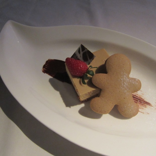 Gingerbread Man Cheesecake