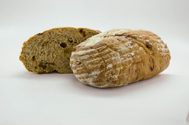 Raisin Walnut Rye Bread3.jpg