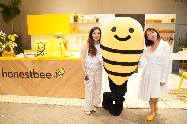 Cat Avelino- Brand and Communications Director and Crystal Gonzalez- honestbee Managing Director.JPG
