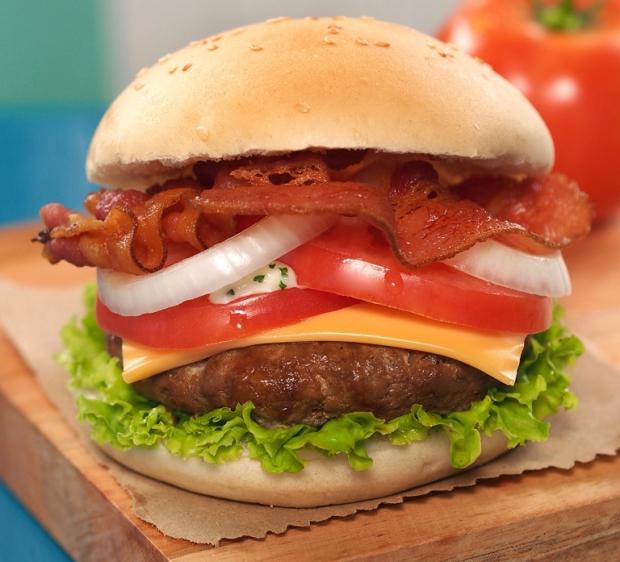 extreme supreme burger.jpg