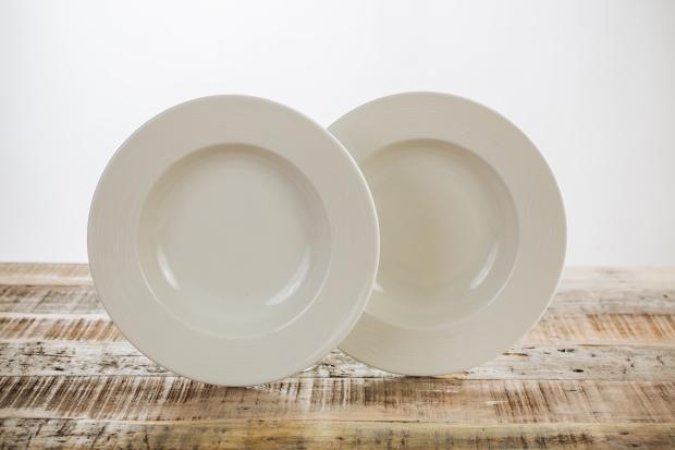 RSCI Kahla Dinnerware (9).jpg