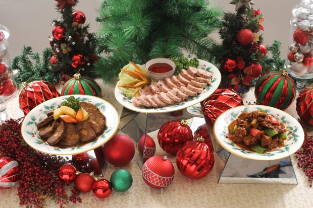 DADS World Buffet - All-time Christmas favorites.jpg