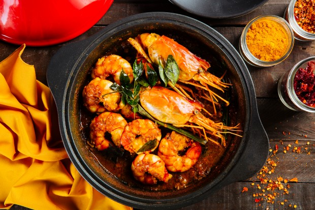 Ministry-of-Crab-Manila-Clay-Pot-Prawn-Curry-3.jpg