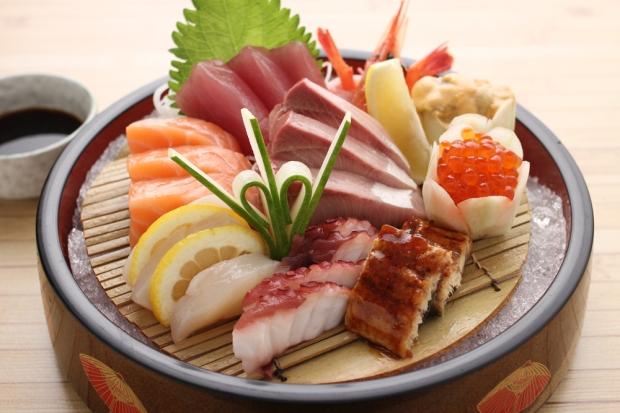 Ogetsu Hime Tokubetsu sashimi.jpg